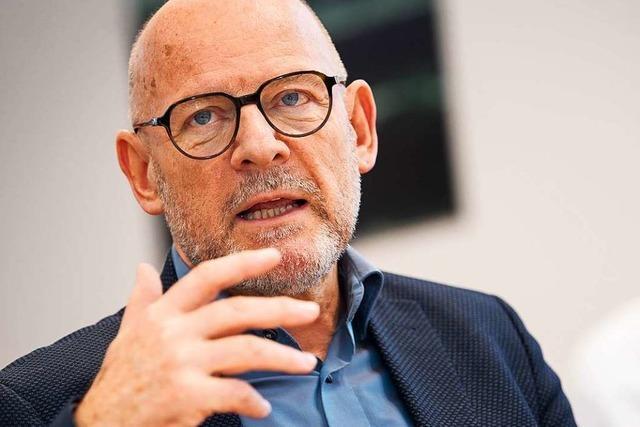 Verkehrsminister Hermann steht wegen Problemen auf Bahnstrecken in der Kritik