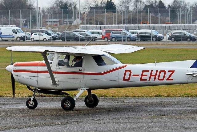 Flugplatzthema sorgt für Nervosität unter Freiburgs Räten