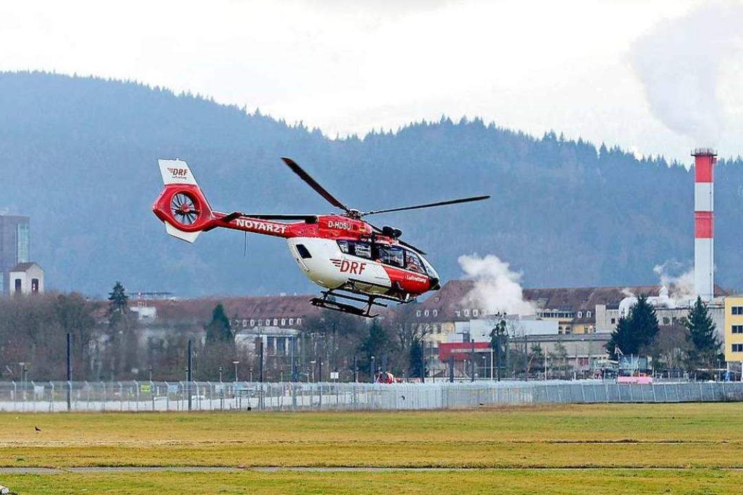Flugplatz in Freiburg: Eine Mehrheit i...Stilllegung des Geländes kosten würde.    Foto: Ingo Schneider
