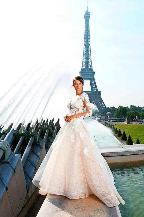 Brautkleider im Prinzessinnen-Stil ent...rteile (Cymbeline, Preis auf Anfrage).  | Foto: Cymbeline