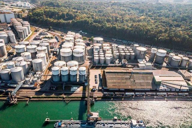 Die Basler Häfen schlagen mehr Güter um