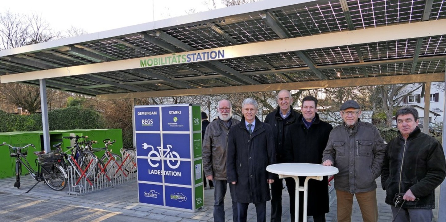 Freude über die neue Mobilitätsstation...nitiierenden Arbeitskreis Klimaschutz   | Foto: Hans-Peter Müller