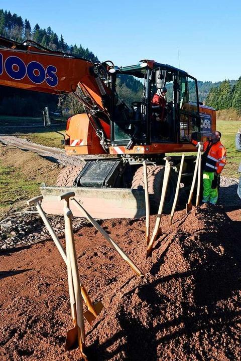 Jetzt geht's los mit dem Bau des Rückhaltebeckens.  | Foto: Thomas Kunz