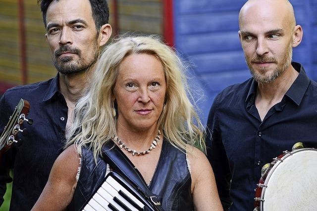 Berliner Trio Trezoulé mit Cathrin Pfeifer eröffnet Passerelle-Reihe in der Stadthalle
