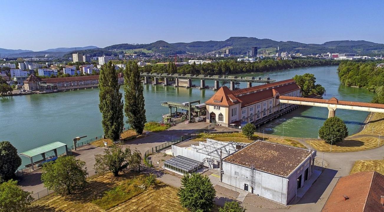 Das Unternehmen Energiedienst setzt au...erkraftwerk Wyhlen (vorderes Gebäude).  | Foto: Pressefoto Energiedienst