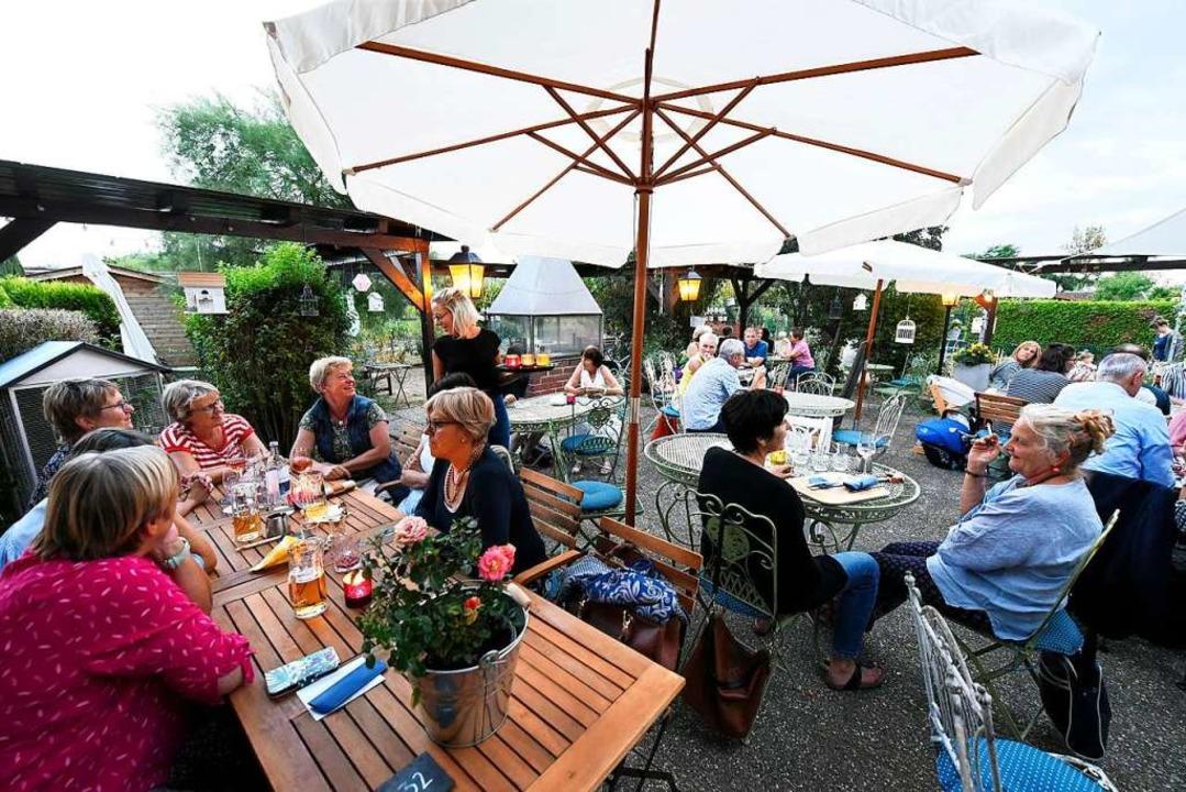 Die Gartenterrasse ist im Sommer oft voll besetzt (Archivbild).  | Foto: Thomas Kunz