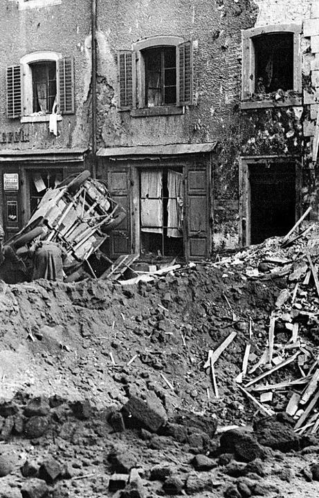 Krater in der Hauptstraße  | Foto: Archiv Schreibwaren Villinger