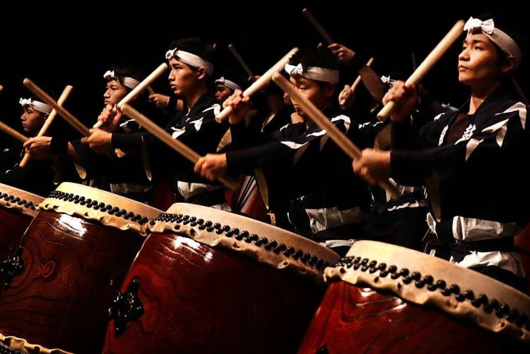 Kokubu: Ausnahmetruppe mit kraftvoller Athletik und Rhythmik    Foto: think tank ART