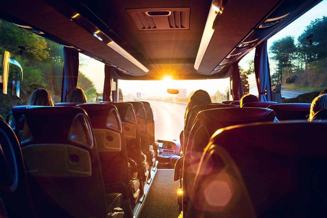 Fernbusromantik – leider reist e...ne Toiletten, dafür aber sehr günstig.  | Foto: Petair  (stock.adobe.com)
