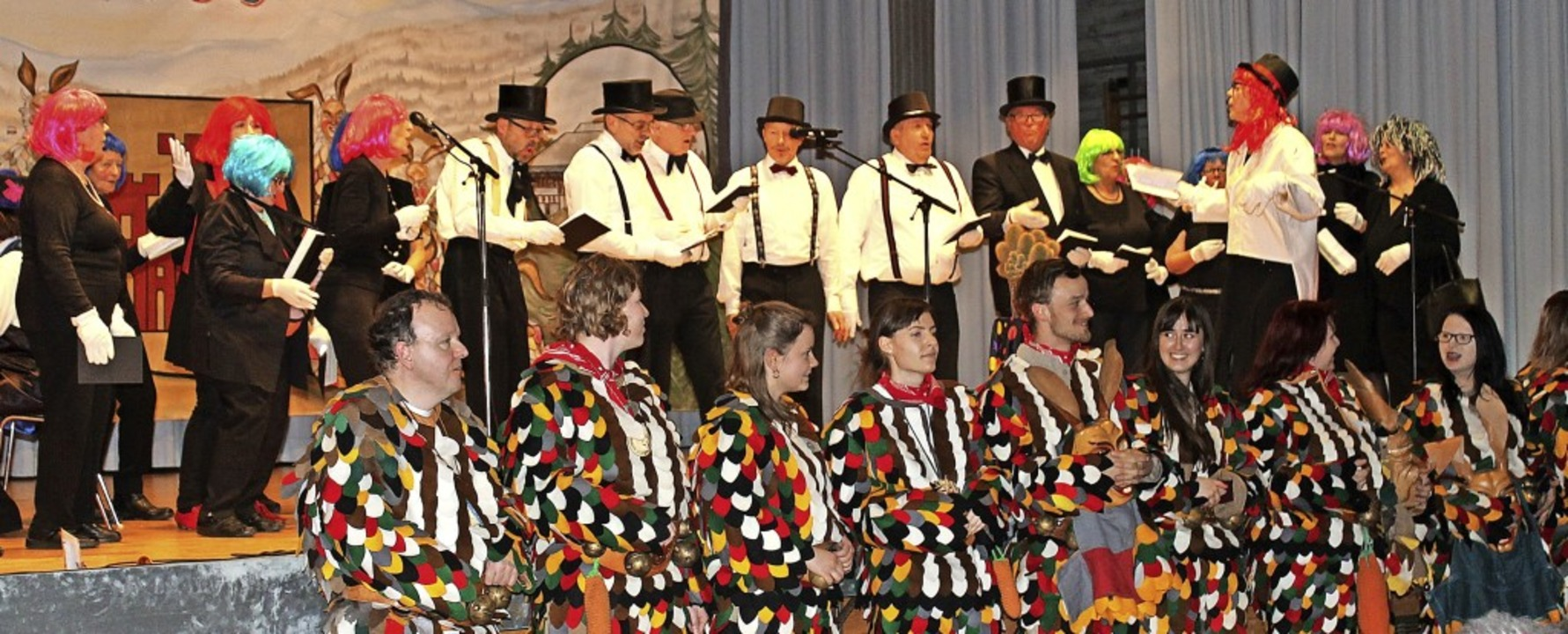 Jubiläum der Hüsemer Hasen – und...chor St. Fridolin kam zum Gratulieren.    Foto: Cornelia Liebwein