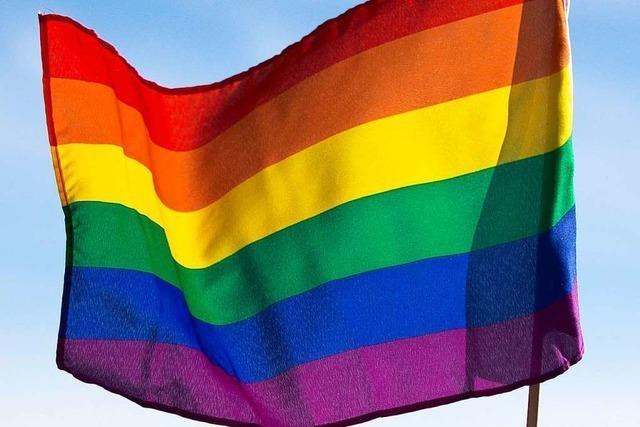 Schweizer stimmen für Verbot von Diskriminierung wegen sexueller Orientierung