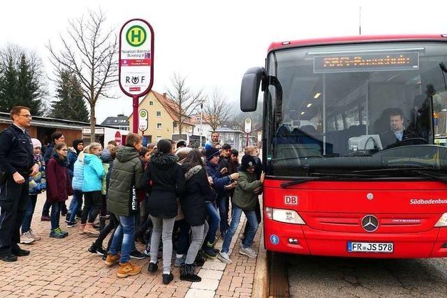SBG lässt die Busse bis 12 Uhr in den Depots