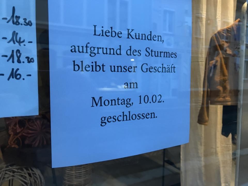 Dieses Lörracher Modegeschäft ist heute geschlossen.  | Foto: Jonas Hirt