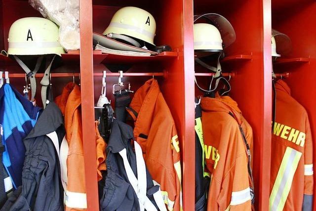 Fasnachtsfeuer brennt zu früh – Feuerwehr vermutet Brandstiftung