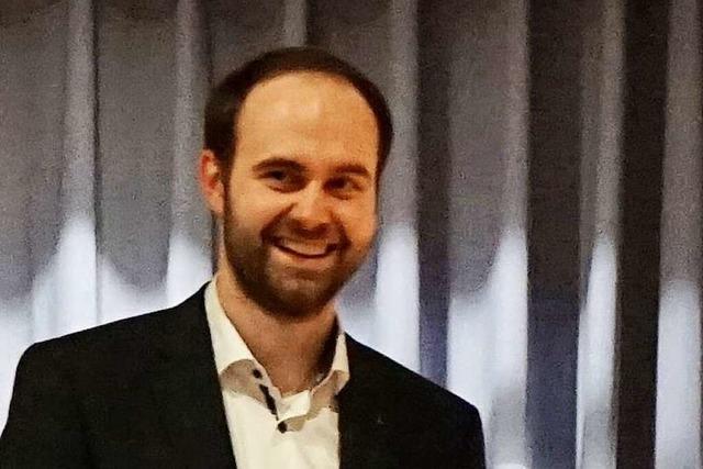 Schallstadter feiern ihren frischgewählten Bürgermeister Sebastian Kiss