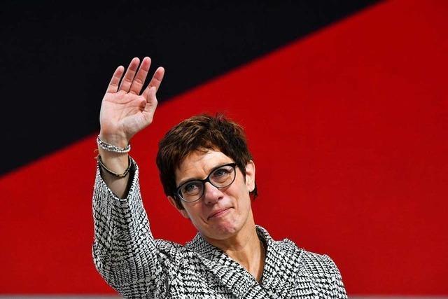 Was CDU-Politiker zum Rücktritt der Parteivorsitzenden sagen