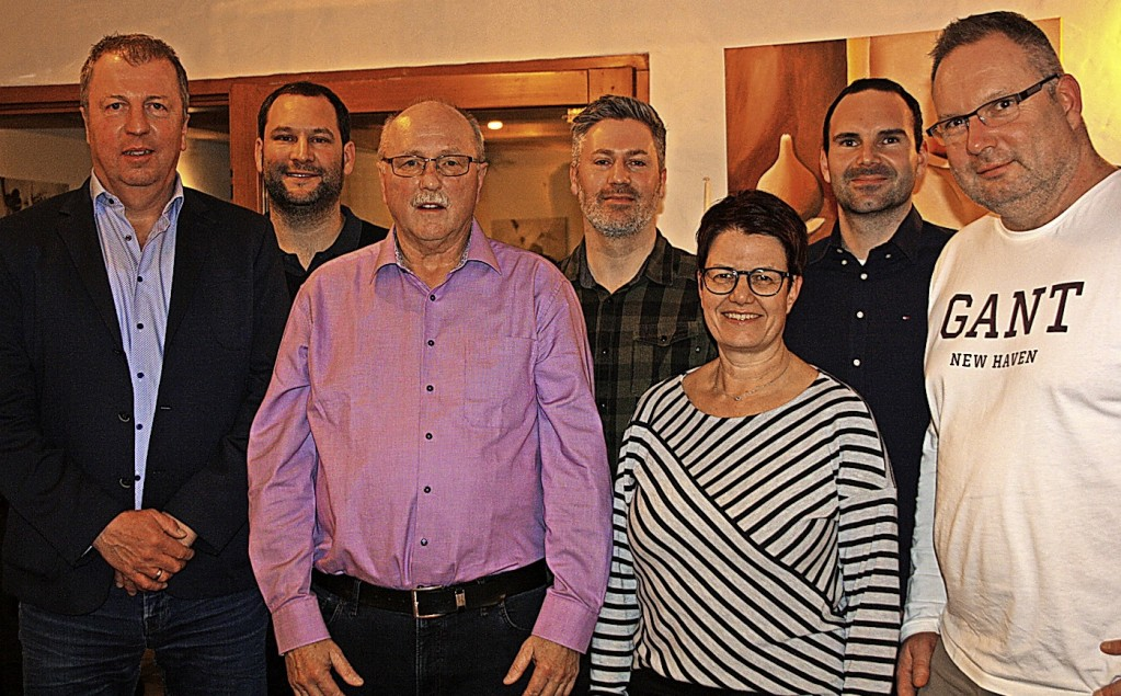 Klaus Rägle führt den Tennisclub - Endingen - Badische Zeitung