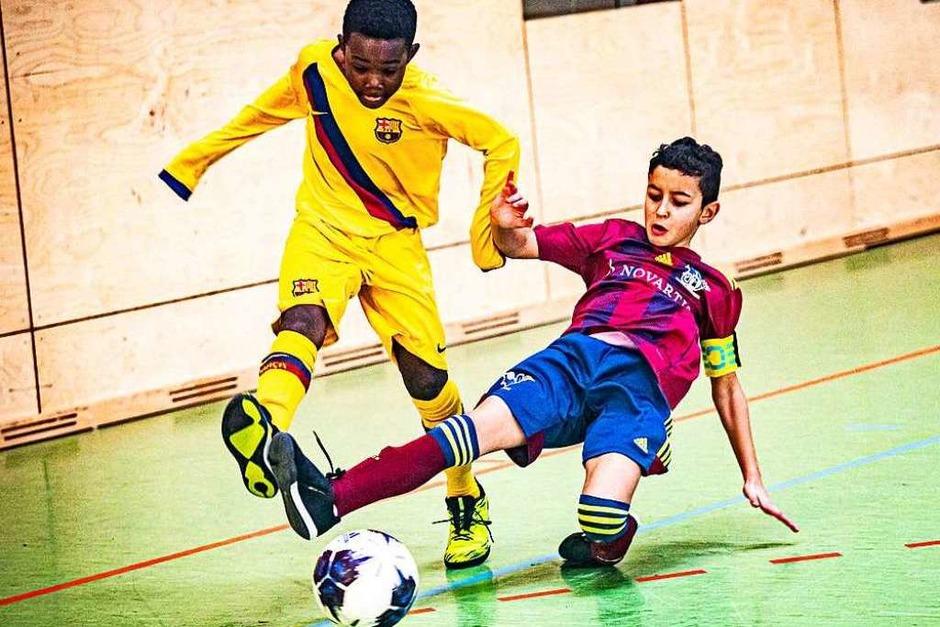 FC Barcelona (links) gegen FC Basel (Foto: Sebastian Sternemann)