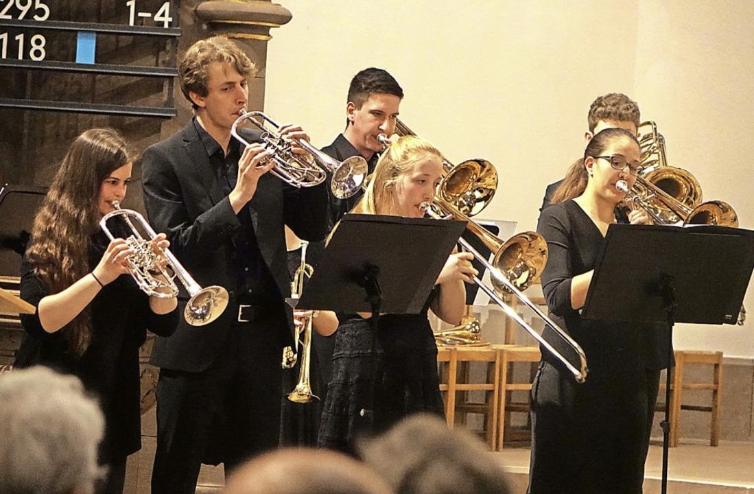 Der Jugendposaunenchor Südbaden glänzt...langkultur in alten und neuen Stücken.  | Foto: Roswitha Frey