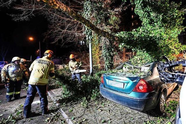 Feuerwehr Freiburg zählt 51 Einsätze seit der vergangenen Nacht