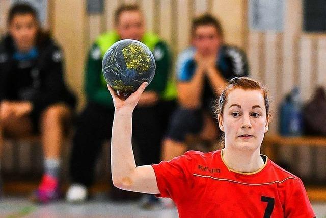 Die aggressivere HSG Freiburg III ringt im Derby der Frauen-Landesliga den ESV Freiburg mit 28:25 nieder