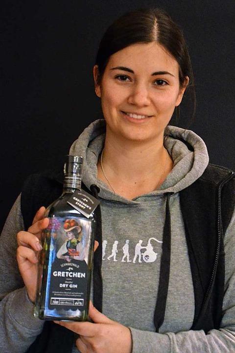 Auch Schladerers Gretchen Gin trägt die Handschrift von Clara Löffler.  | Foto: Gabriele Hennicke