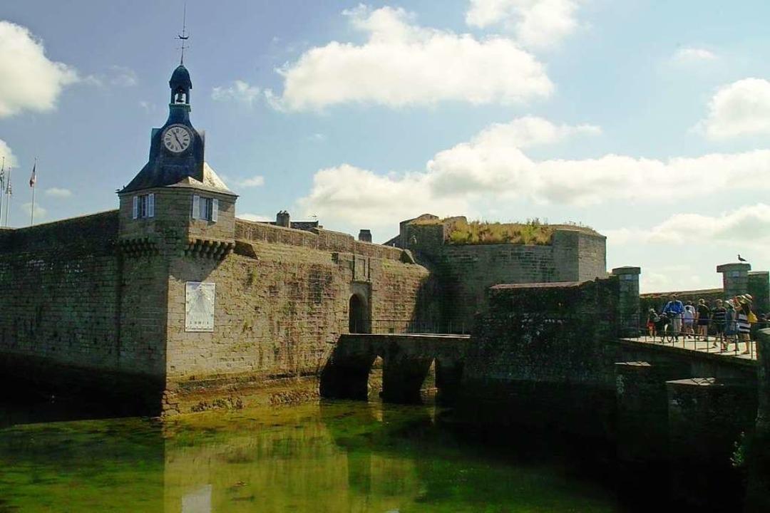 Die mittelalterliche Ville Close von C...her Anziehungspunkt der ganzen Region.    Foto: Volker Huber