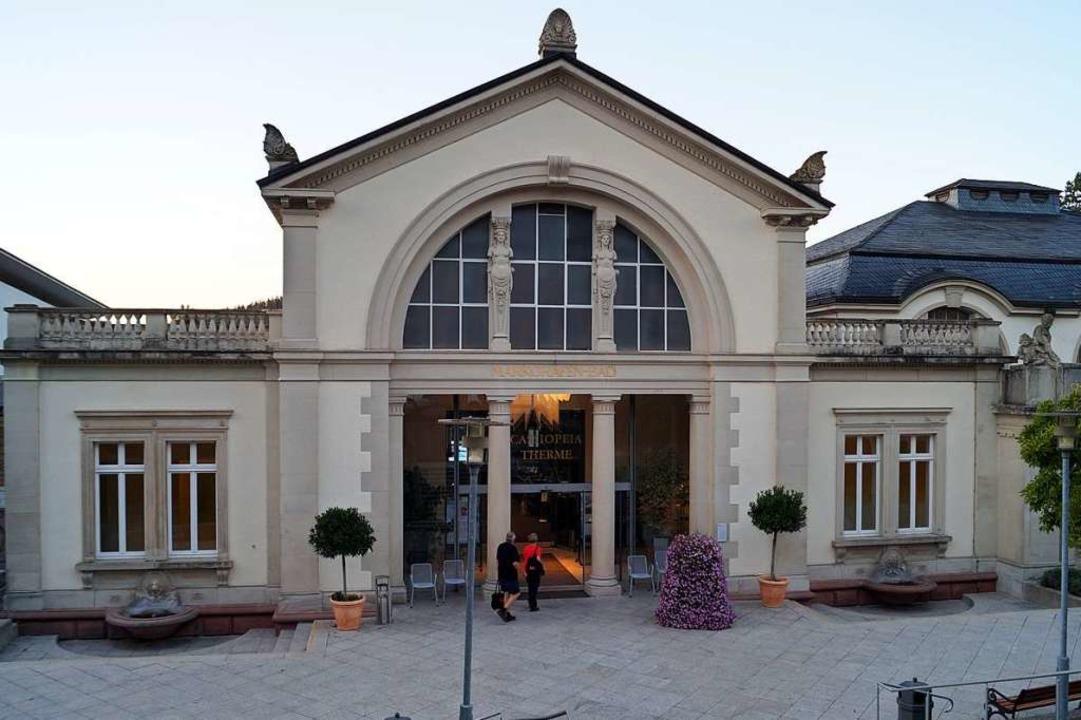 Markantes Gebäude: Den alten Eingangsb... wollen viele in Badenweiler erhalten.  | Foto: Silke Hartenstein