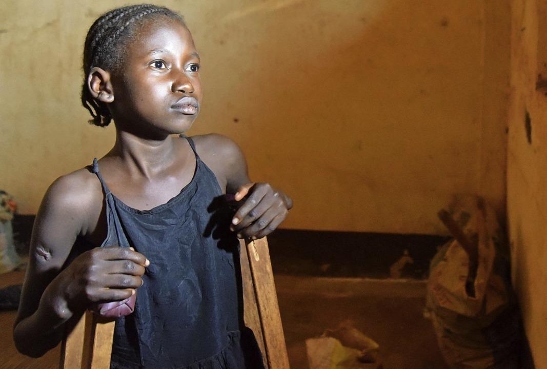 Samira hat trotz alledem Pläne für die...hr Bein und den Kampf gegen die Armut.    Foto: Till Mayer