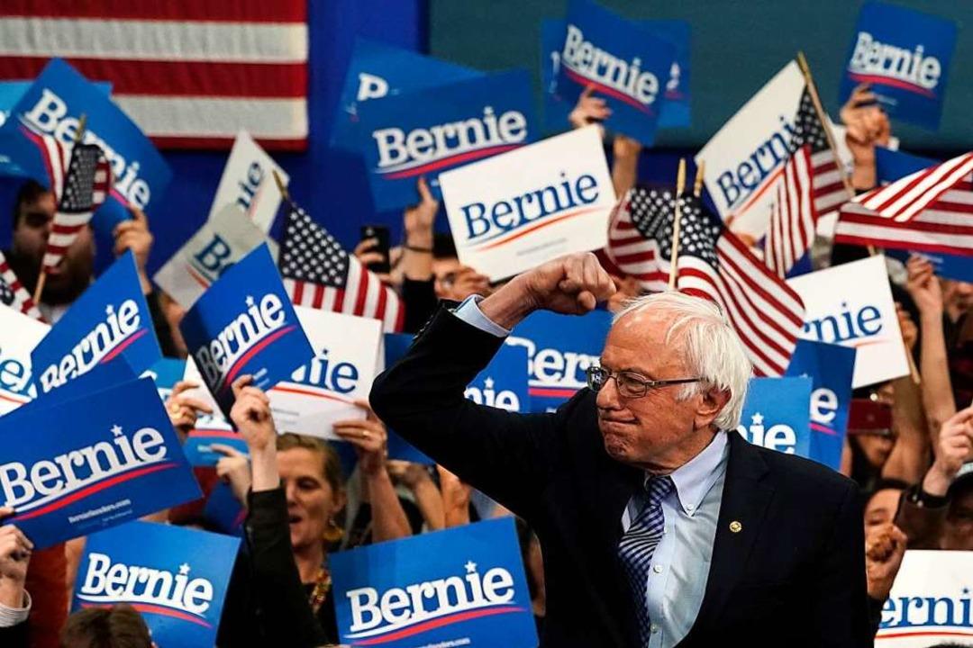 Der 78-jährige demokratische Senator S...i den Vorwahlen in New Hampshire vorn.  | Foto: TIMOTHY A. CLARY (AFP)