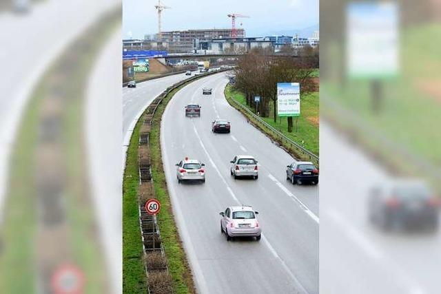 Fahrzeug-Brand sorgt für Stau im Berufsverkehr auf der B3