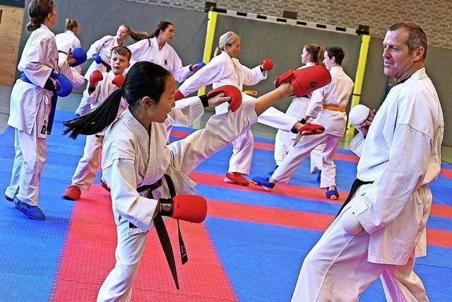 Karate-Lehrgang mit Meistertrainer