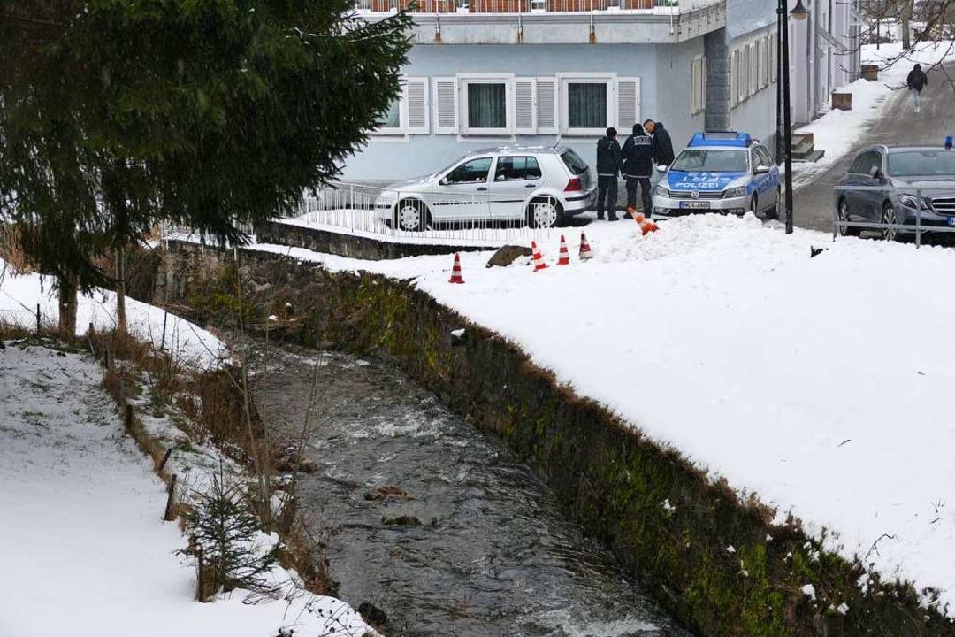 Im Reichenbach in Neustadt  trieb der leblose Körper eines  37-jährigen Mannes.  | Foto: Tanja Bury
