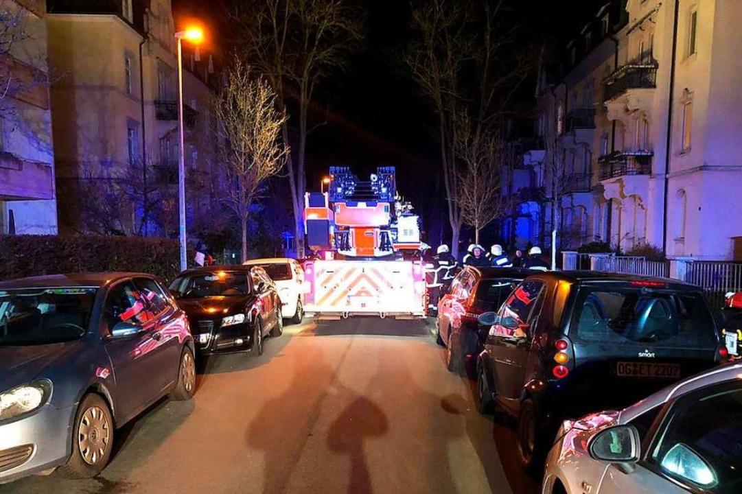 Der beengte Feuerwehreinsatz am Mittwoch  | Foto: Andreas von Döhren