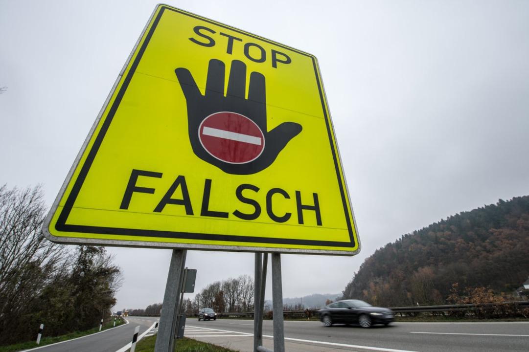 Auf der Bundesstraße zwischen Freiburg...Geisterfahrer ausbremsen (Symbolbild).  | Foto: Armin Weigel