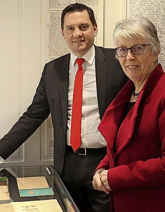 Besuch im Archiv: Johannes Fechner und DTA-Vorsitzende Marlene Kayen   | Foto: Wahlkreisbüro Fechner