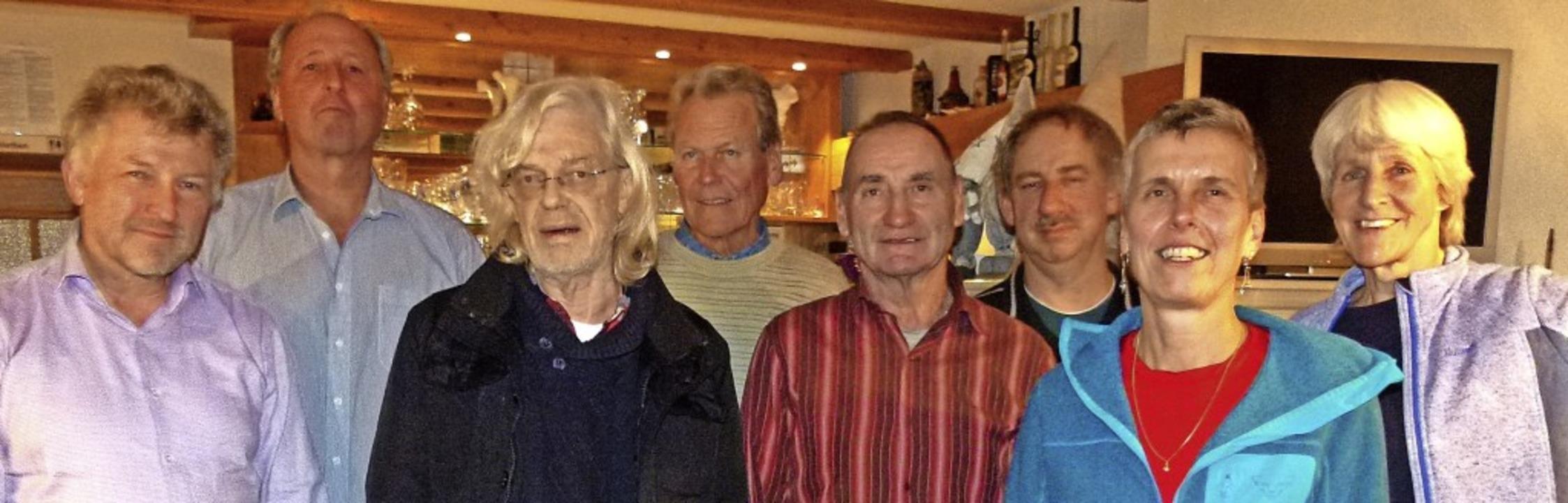 Der Vorstand des Vereins für erneuerba...feifer, Patricia Fromm und Sonja Eiche  | Foto: Dirk Friberg
