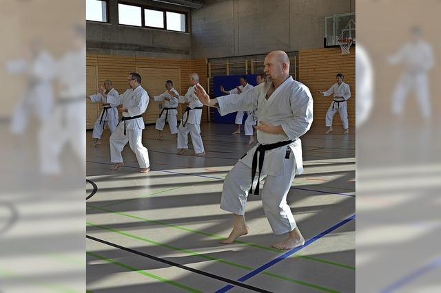Karatekas auf neuen Wegen