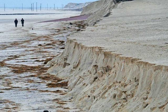 Sturm Sabine hat Teile des Strands von Wangerooge abgetragen
