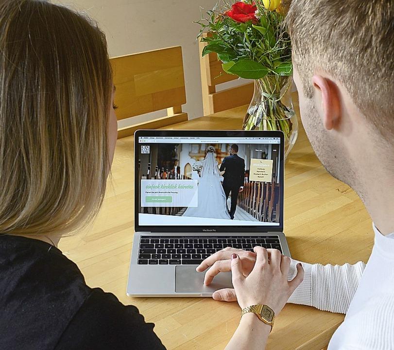 Schnell  und nutzerfreundlich  kommt d... einfach-kirchlich-heiraten.de  daher.  | Foto: Ingo Schneider