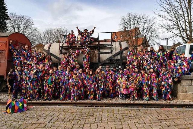Die Teufelslochschradde aus Nordschwaben feiern die Freiheit