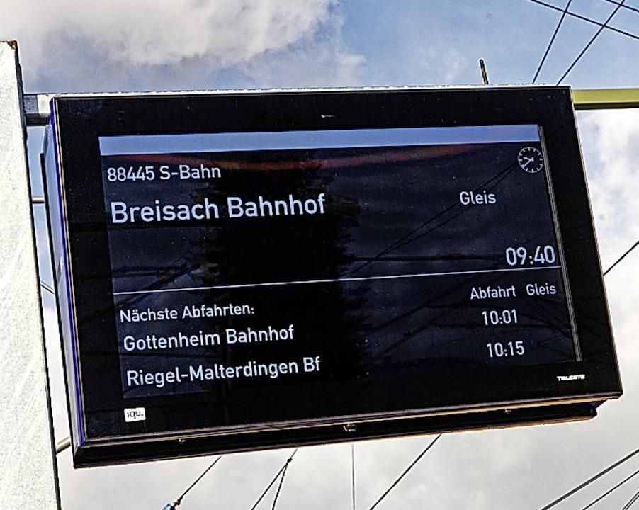 Fahrgastinfoanzeige am Bahnhof in  Endingen  | Foto: Martin Wendel