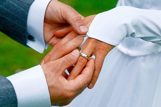 Erzbistum Freiburg umgarnt Paare, die kirchlich heiraten wollen