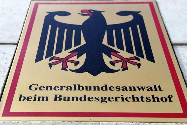 Verdacht gegen mutmaßliche rechte Terrorzelle erhärtet - Festnahmen