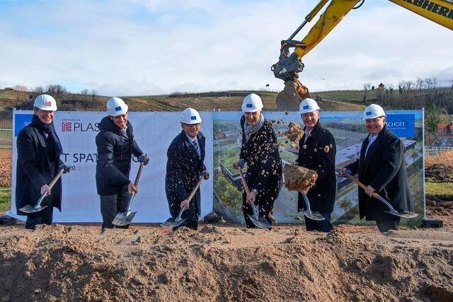 Spatenstich: Schott AG startet Großinvestition in Hügelheim