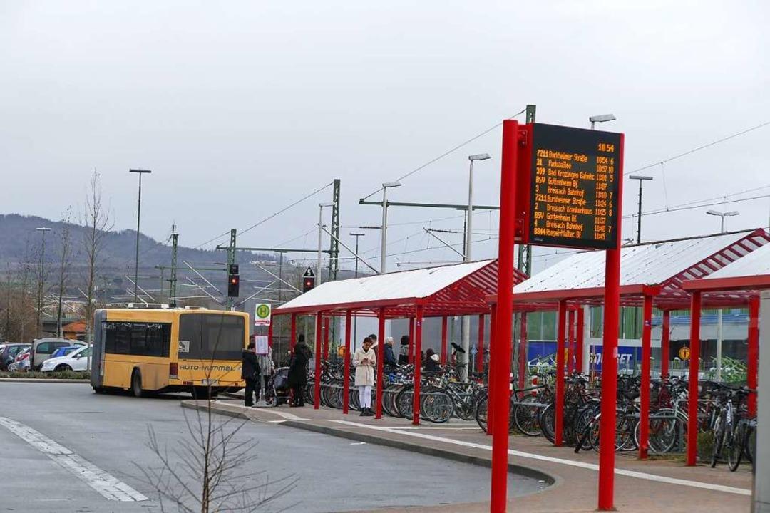 Noch bis einschließlich  Sonntag fahre...rsatzverkehr am Breisacher Busbahnhof.  | Foto: Agnes Pohrt