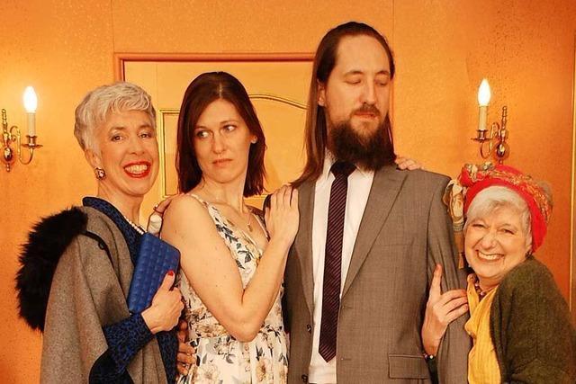 Amüsieren Sie sich bei einer Gratis-Generalprobe der Alemannischen Bühne Freiburg für die Komödie