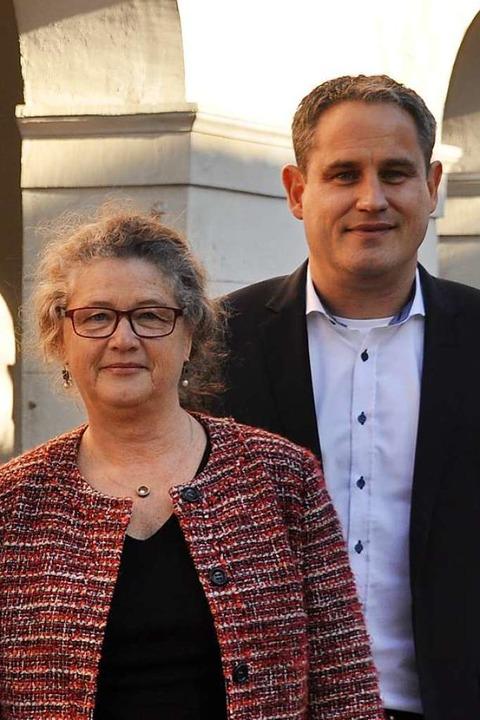 Karin Heining und Bürgermeister Dirk Harscher  | Foto: Nicolai Kapitz