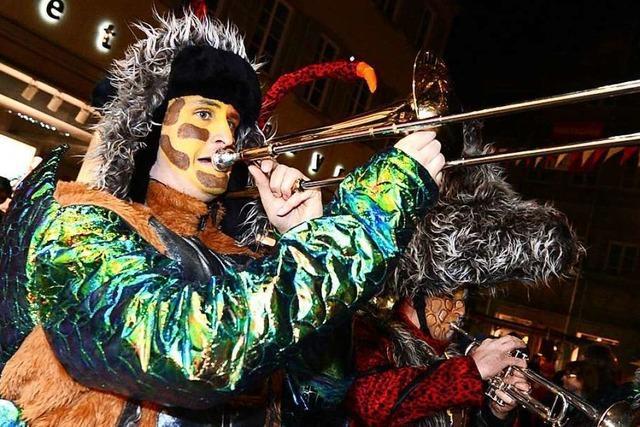 Tausende beim Guggenmusiktreffen in Schwäbisch Gmünd