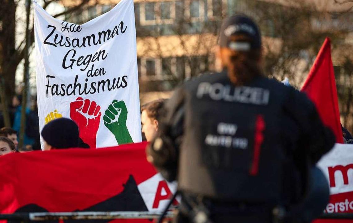 Demonstration gegen den AfD-Sonderparteitag  | Foto: Marijan Murat (dpa)